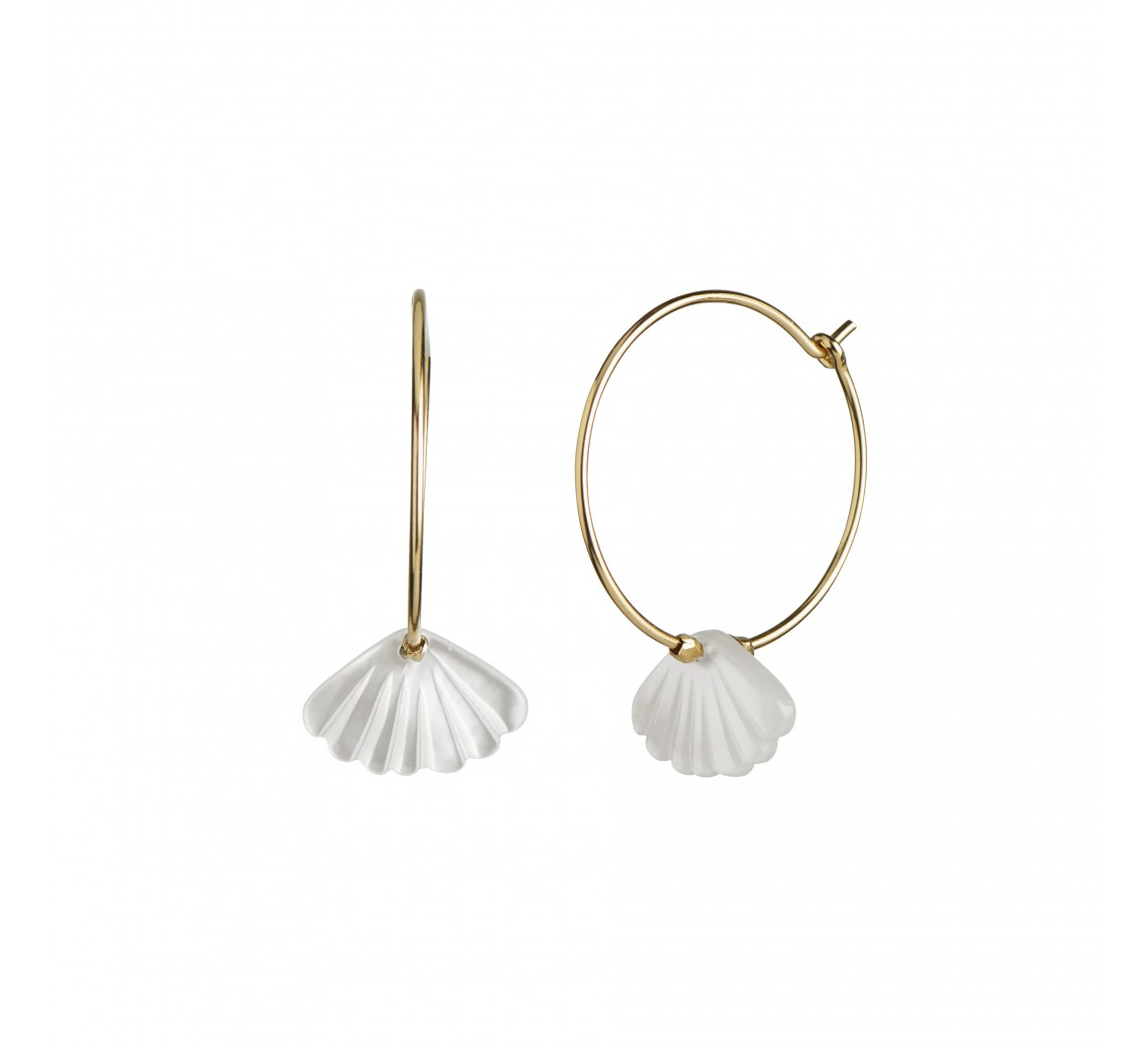 STINE A ØRERING - HOOP WITH WHITE SEASHELL